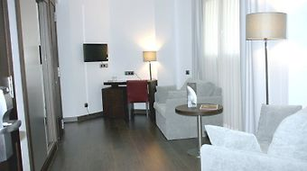 Hotel Sercotel Coliseo Bilbao photos Room Junior Suite
