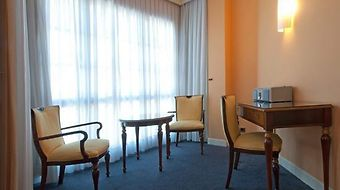 Tryp Bilbao Arenal Hotel photos Room S