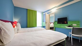 Ibis Styles Duesseldorf Neuss photos Room