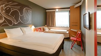 Ibis Wien City photos Room