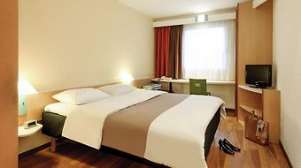 Ibis Cologne Airport Hotel photos Room