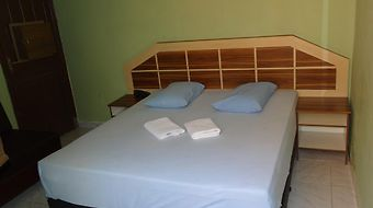 Wg Plaza Hotel Economico photos Room