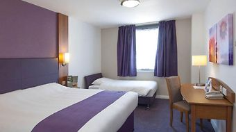 Premier Inn Glasgow Centre Argyll Street photos Room