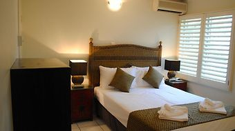 The Port Douglas Queenslander Hotel photos Room