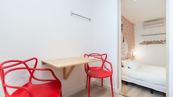 Apartments In Barcelona Ample photos Room