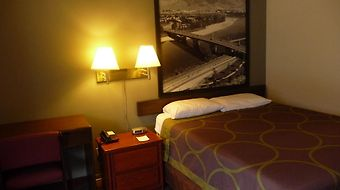 Super 8 Kamloops East photos Room