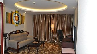 Broadtec Royal International Hotel photos Room
