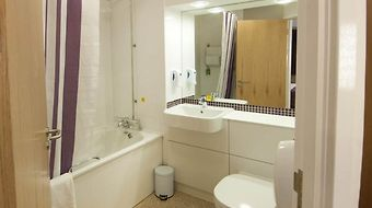 Premier Inn Stansted Airport photos Room