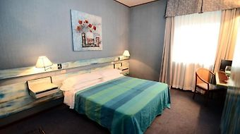 Al Santandrea photos Room Double Room