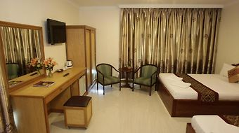 White Beach Hotel photos Room Deluxe Twin Room