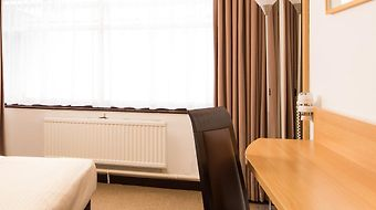 Mercure London Watford Hotel photos Room
