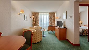 Ramada Bucharest Parc photos Room