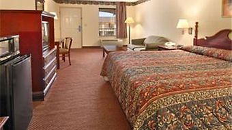 Days Inn & Suites Opelousas photos Room