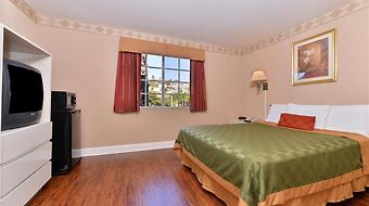 Americas Best Value Inn San Clemente Beach photos Room One King Guest Room