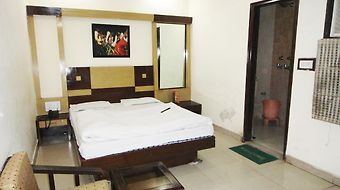 Sai Dham International photos Room