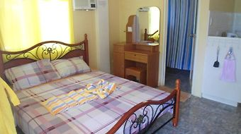 Menchus Pension House photos Room