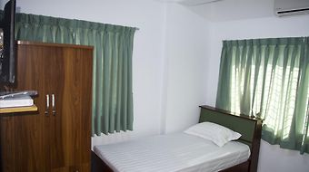 Humble Footprints Hotel And Hostel photos Room