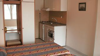 Molos Beach Apartments photos Room