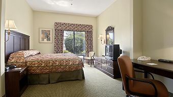 Wingate By Wyndham - Albany photos Room
