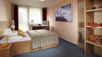 Fortuna West Praha photos Room