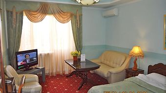 Grand Hotel Uyut photos Room Standard Suite