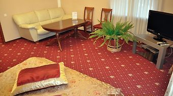 Grand Hotel Uyut photos Room Deluxe Suite