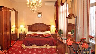 Grand Hotel Uyut photos Room Deluxe Moderate