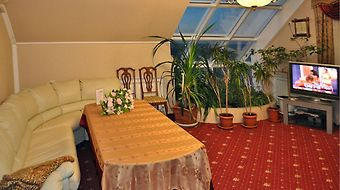Grand Hotel Uyut photos Room Deluxe Twin