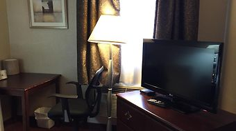 Howard Johnson Inn Toronto Downtown West photos Room