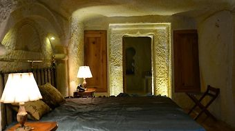 Golden Cave Suites photos Room
