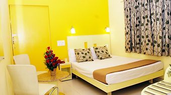 Hotel Pandian photos Room