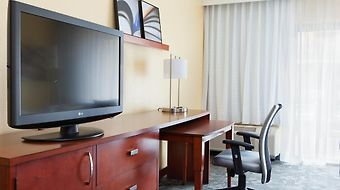 Courtyard By Marriott Fort Lauderdale Plantation photos Room