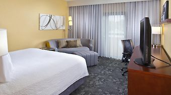 Courtyard By Marriott Miami Airport West Doral photos Room