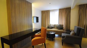 Imperial Palace Suites Quezon City photos Room