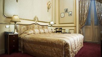 Le Metropole photos Room
