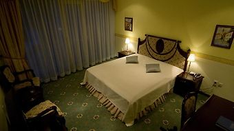 Alexanders Hotel Nitra photos Room