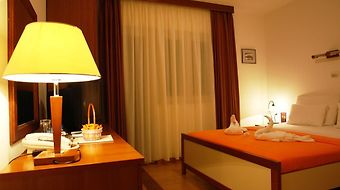Garni Hotel Fineso photos Room
