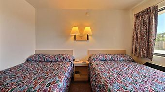 Motel 6 Indianapolis East photos Room
