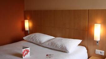 Ibis Guingamp photos Room
