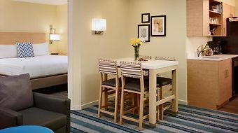 Staybridge Suites Atlanta Perimeter Center West photos Room