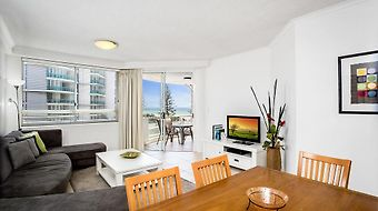 Kirra Beach Apartments photos Room