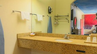 Symphony Inn And Suites photos Room