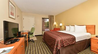 Quality Inn At The Mall - Valdosta photos Room