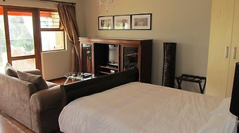 Five A Morris Bed And Breakfast photos Room