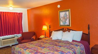 Days Inn  Ardmore photos Room