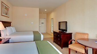 Holiday Inn Express & Suites Oak Valley photos Room