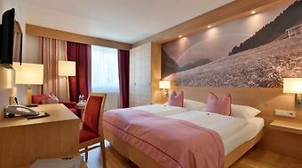 Hotel Goldener Adler Wattens photos Room