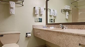 Best Western Plus Riverpark Inn & Conference Center Alpine Helen photos Room