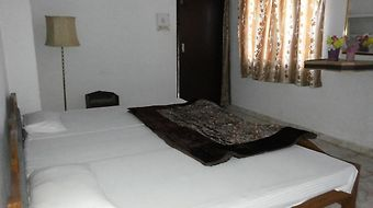 Yogi Ashram Guest House photos Room