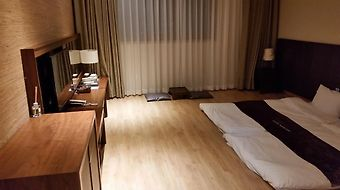 Hyunjin Tourist Hotel photos Room